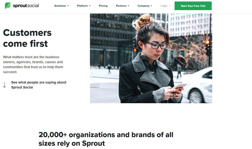 sproutsocial-single-review-customers